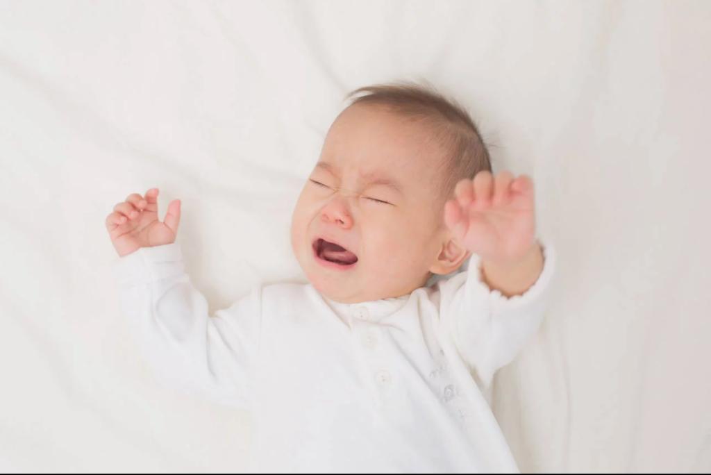 0、1、2歳夜泣きが酷くてへとへとママ!原因と効果的対処法を紹介